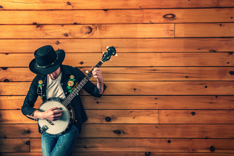 Person med banjo